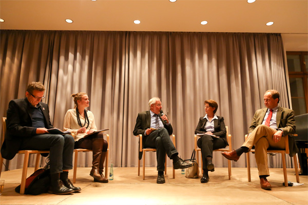 14_11_14_freundeskreis_podiumsdiskussion_europa_2